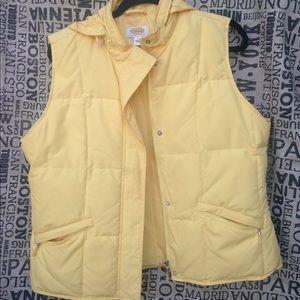 Talbots size L  puffy Vest